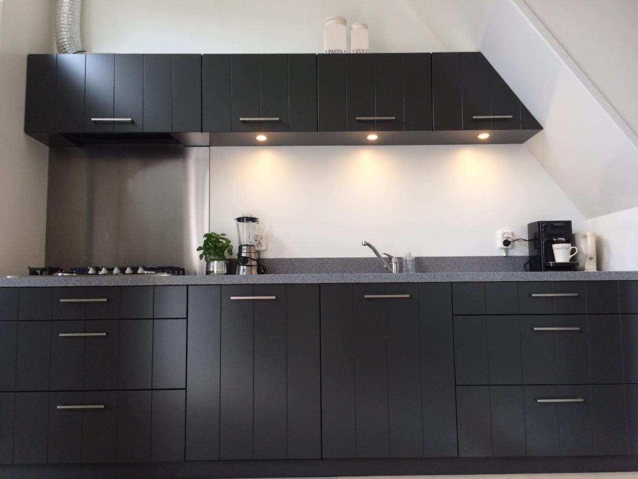 Moderne landelijke keuken rina hessenhout - Keuken m ...